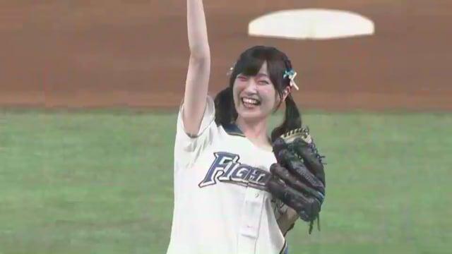 前島亜美の始球式。練習中のハプニングや空手!声もかわいい声優