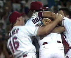 2063 246x200 - ケニー・ロジャースの不正投球疑惑に完全試合。カメラマンに暴行も!