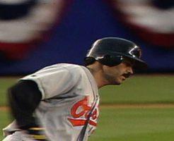 3230 246x200 - ラファエル・パルメイロのハイライト。ステロイド違反を犯した大打者