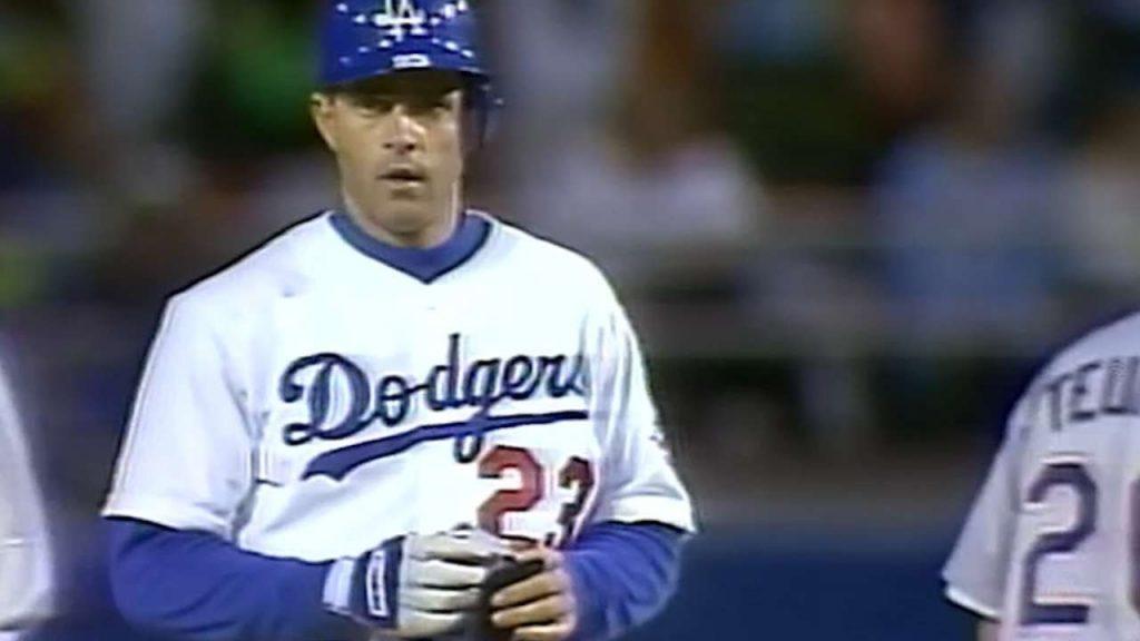 エリック・キャロスのハイライト。90年代ドジャースの主力打者