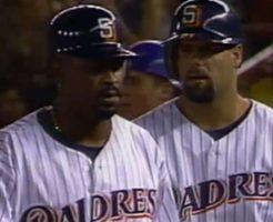 50 246x200 - グレッグ・ボーンのハイライト。パドレス時代に50本塁打の強打者