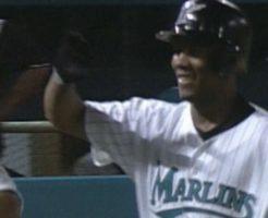 9135 246x200 - リバン・ヘルナンデスの投球。マーリンズの世界一に貢献した右腕
